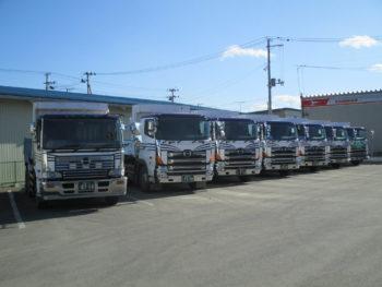 小松運輸(10tダンプトラック)